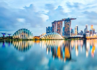 Singapore Skyline And View Of Marina Bay At Night - Moving Guide Singapore