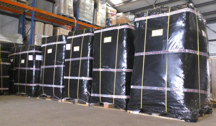 Moving overseas with palletised shipping